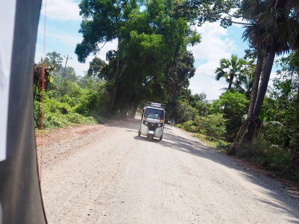 Cambo Challenge tuktuk driving